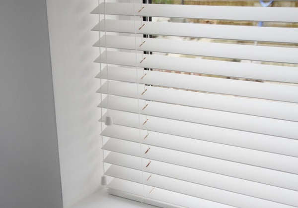 pvc blind cleaning